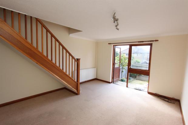 P2748 lounge.JPG