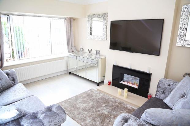 Max Windsor Flooring 4 bedroom semi-detached bungalow for sale in Windsor Drive ...
