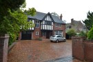 6 bed Detached home for sale in Billesley Lane, Moseley...