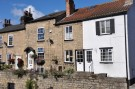 Cottage to rent in Briggate, Knaresborough...