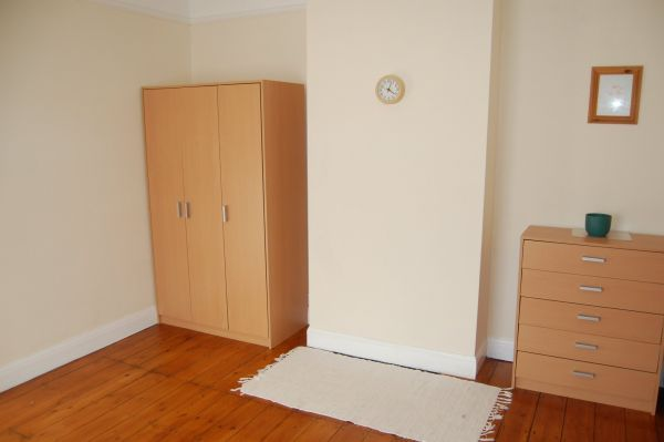 Bedroom/Reception area