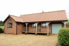 5 bedroom Detached Bungalow in Elderton Lane, Antingham...