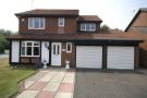 4 bed Detached property in Fareham Grove...
