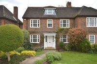 4 bed semi detached property in Southway, Totteridge