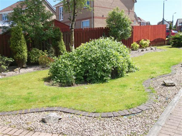 Side Garden (1)