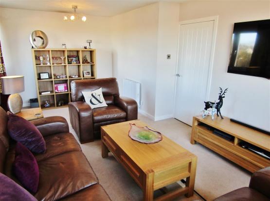 Lounge DIning (2)