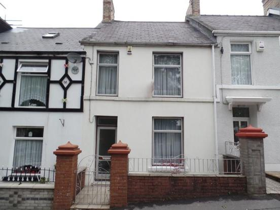 3 bedroom terraced house for sale in hirwaun terrace for In home design merthyr