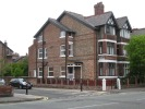 5 bedroom semi detached property to rent in 545 Barlow Moor Road...