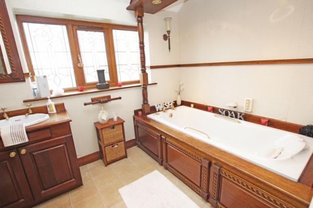 Bath shot