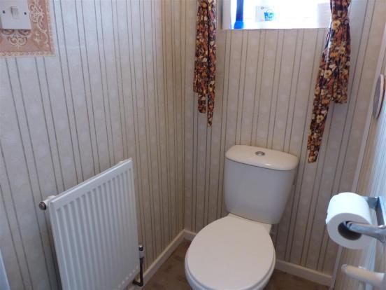 SEPARATE WC.JPG