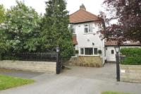 5 bed Detached property for sale in West Parade, West Park...