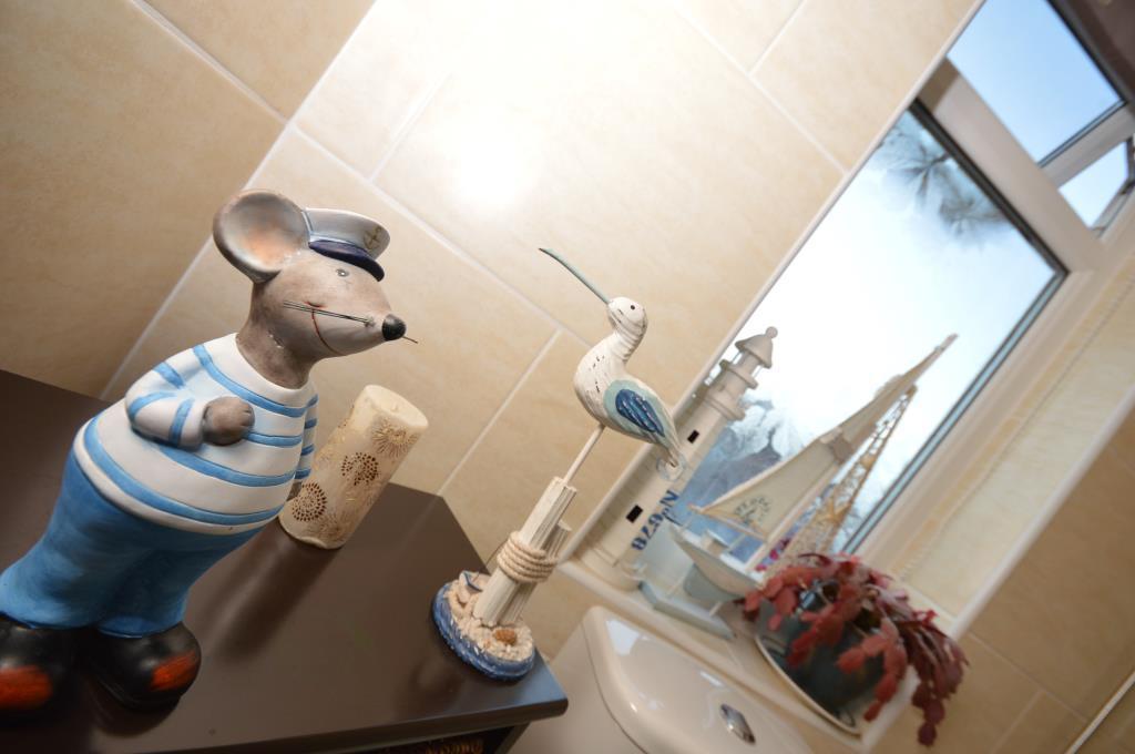 Bathroom Arty