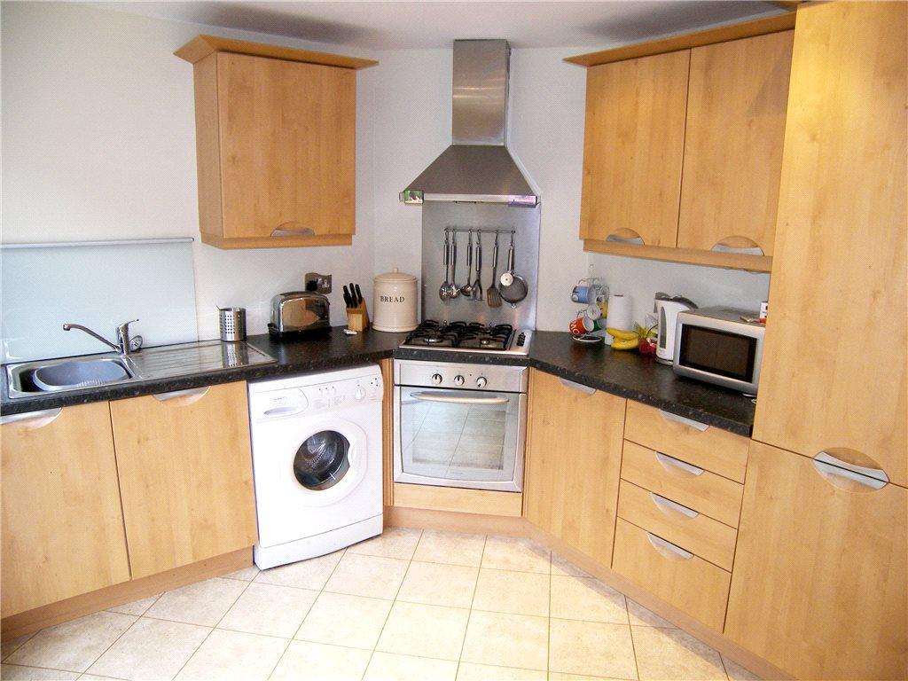 Dining Kitchen Shot2