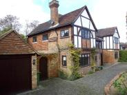 6 bed property to rent in Montreal Road, Sevenoaks