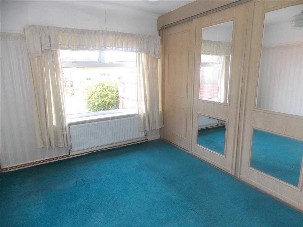 Downstairs Bedroom /