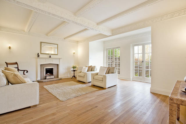 6 bedroom detached house to rent in priory lane london sw15 Master bedroom ensuite and dressing room