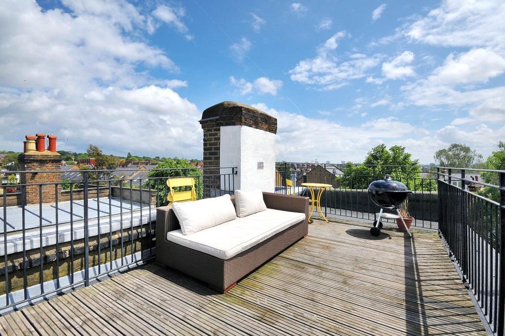 Roof Terrace Design Ideas, Photos & Inspiration | Rightmove Home Ideas