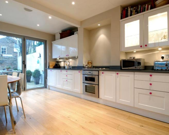 Floorboards design ideas photos inspiration rightmove for Kitchen ideas rightmove