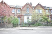 3 bed Terraced house to rent in Iffley Road, W6