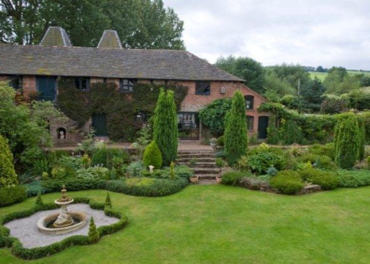 7 bedroom detached house for sale in tarrington hereford. Black Bedroom Furniture Sets. Home Design Ideas