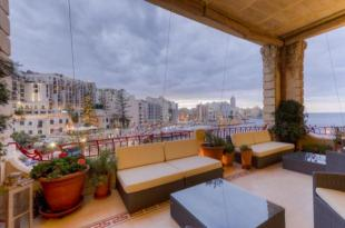 7 bed Flat for sale in Balluta Buildings...