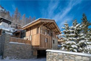 Luxurious Chalet Detached house for sale