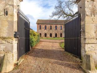 21 bed Detached house in Natural Regional Parc Du...
