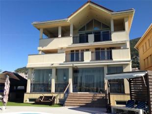 3 bed Detached house for sale in The Island...