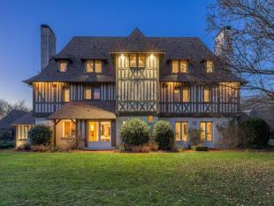 3 bedroom home for sale in Normandy Manor...