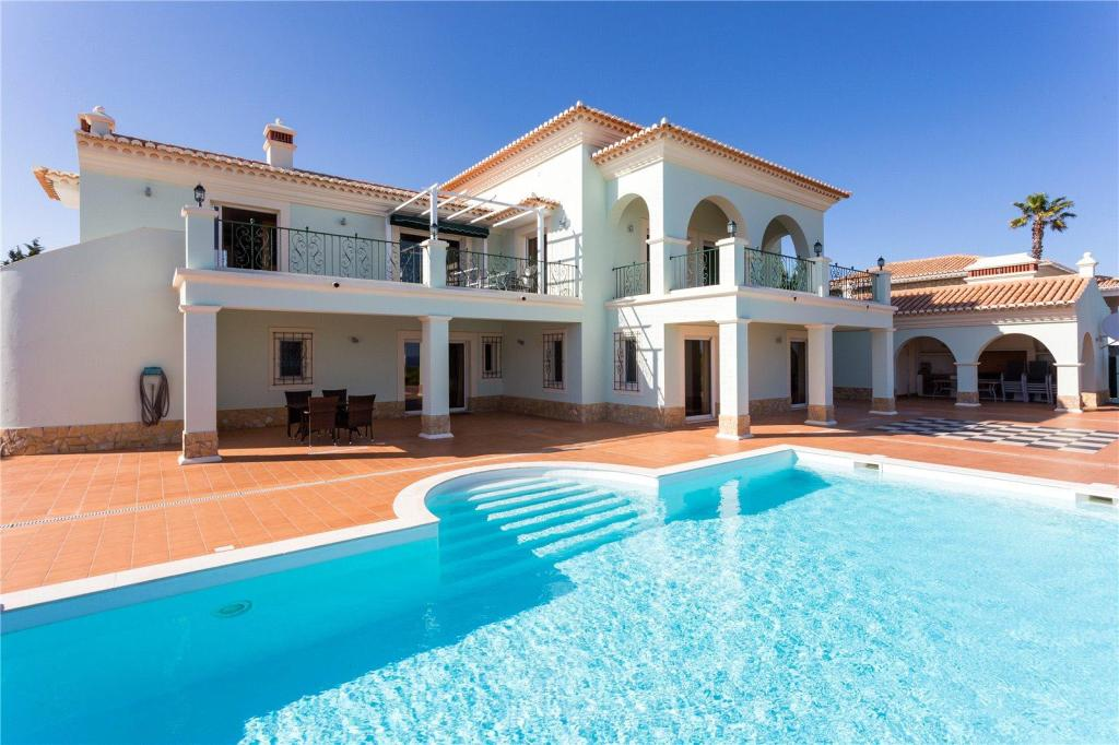 5 bedroom home for sale in Algarve, Burgau