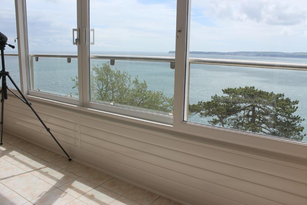 Enclosed Balcony/Sun