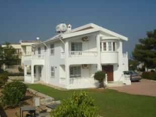 3 bedroom Detached home for sale in Girne, Alsancak