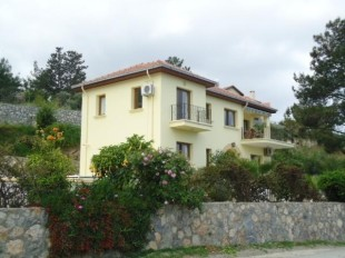 4 bed Detached property in Girne, Malatya