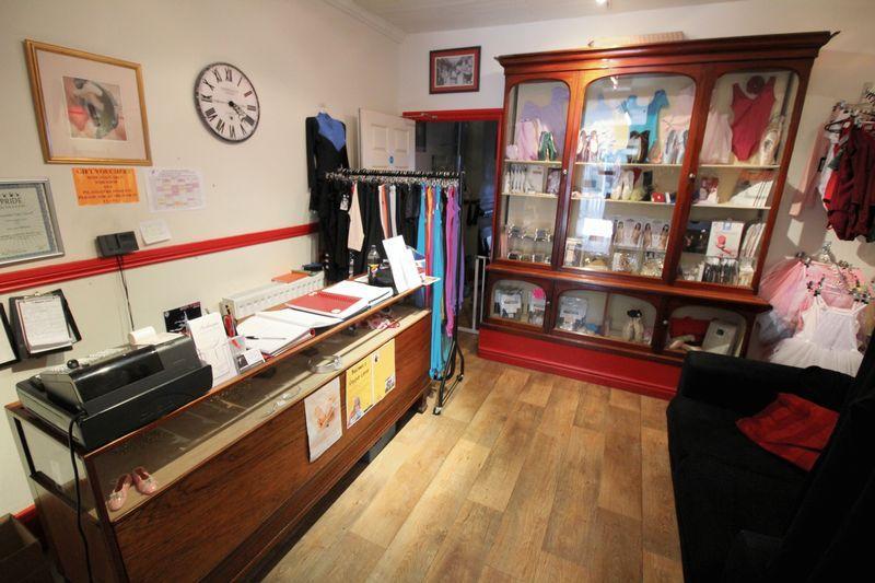 Shop service area