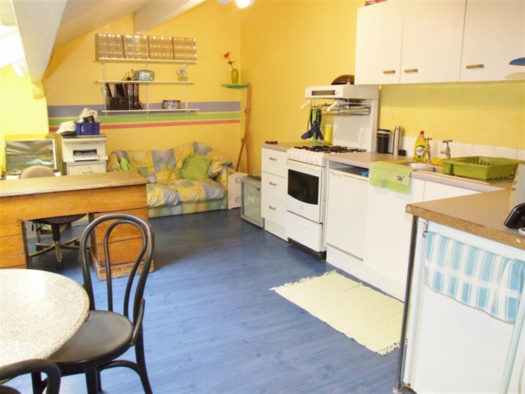 Teen Kitchen
