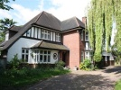 5 bedroom Detached home in The Green, Southgate