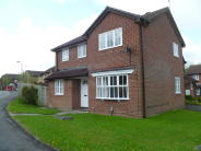 4 bedroom Detached house in Saddleback Road, Swindon