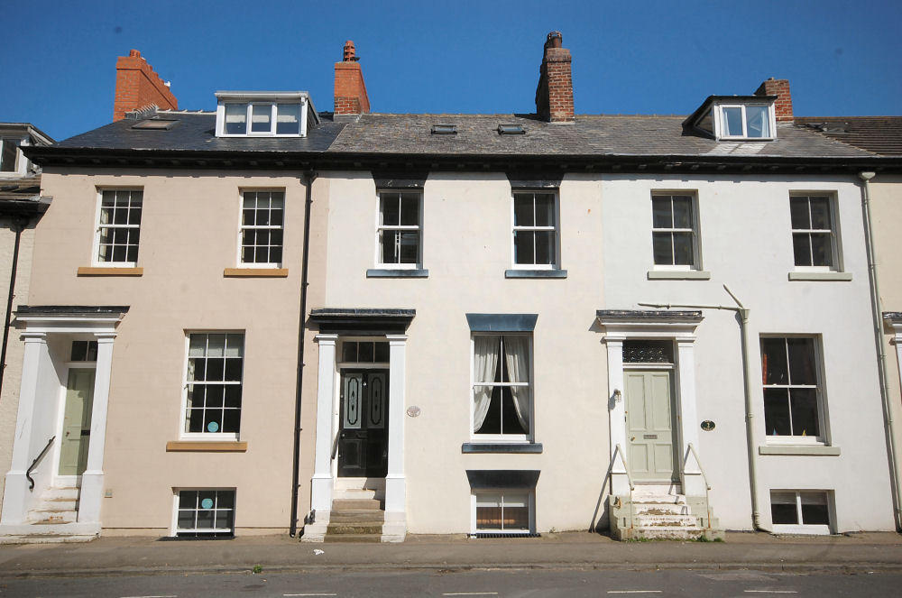 4 bedroom town house for sale in west terrace whitby