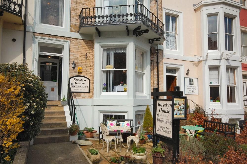 9 bedroom guest house for sale in abbey terrace whitby for 2 west terrace whitby