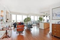 Flat for sale in Chelsea Crescent...