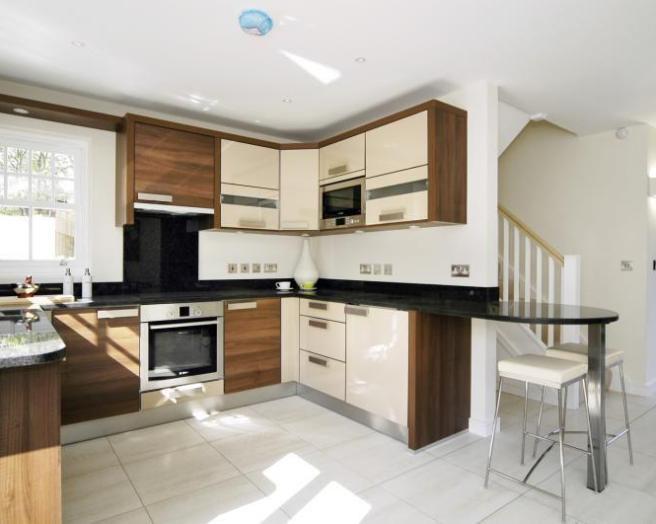 Beige bar stools kitchen design ideas photos for Kitchen ideas rightmove