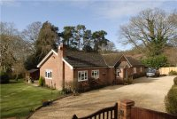 5 bedroom Bungalow in Hunts Hill Road...
