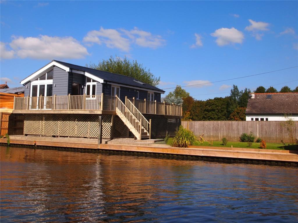 2 bedroom detached house for sale in rod eyot henley on for 37862 vessing terrace