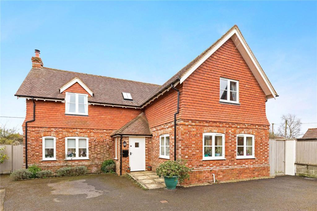 3 Bedroom Detached House For Sale In Queens Street Stedham Midhurst West Sussex Gu29 Gu29