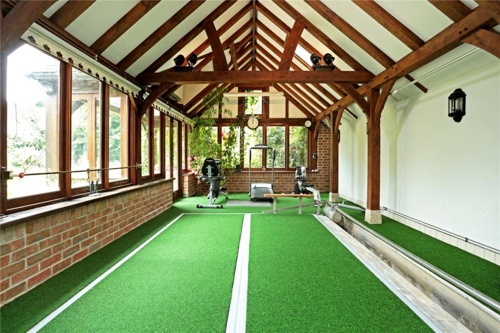 4 Bedroom Semi Detached House For Sale In Wood Street Royal Wootton Bassett Swindon Wiltshire