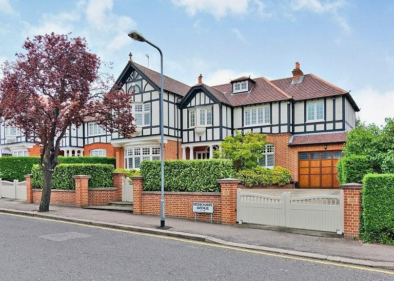 6 Bedroom House For Sale In Monkhams Avenue Woodford