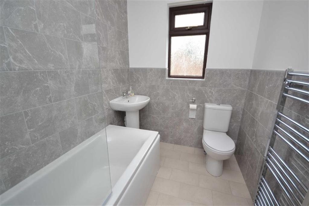 Combined bathroom/W.