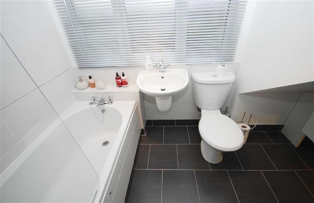 Family Bathroom/W.C