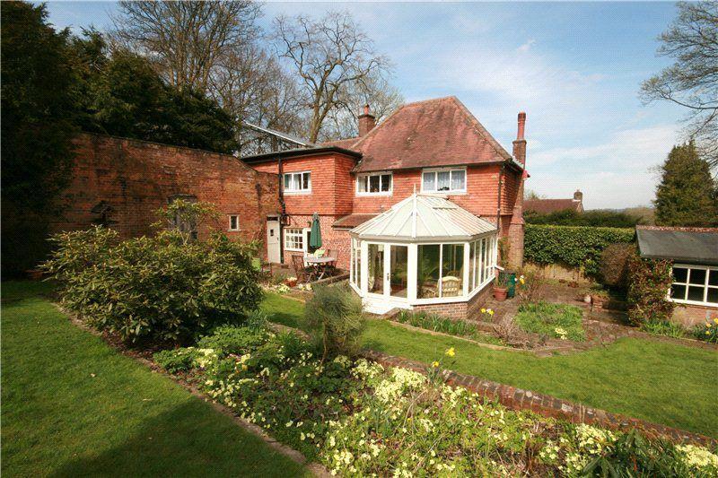 4 Bedroom Detached House For Sale In Tupwood Lane