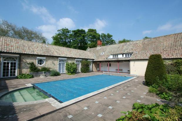 10 Bedroom Detached House To Rent In Anglesey Abbey Quy Road Lode Cambridgeshire Cb25